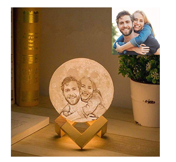 Personalized Moon Lamp, last-minute Valentine's Day gifts